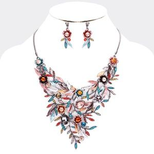 Crystal Oval Leaf Floral Cluster Necklace Set